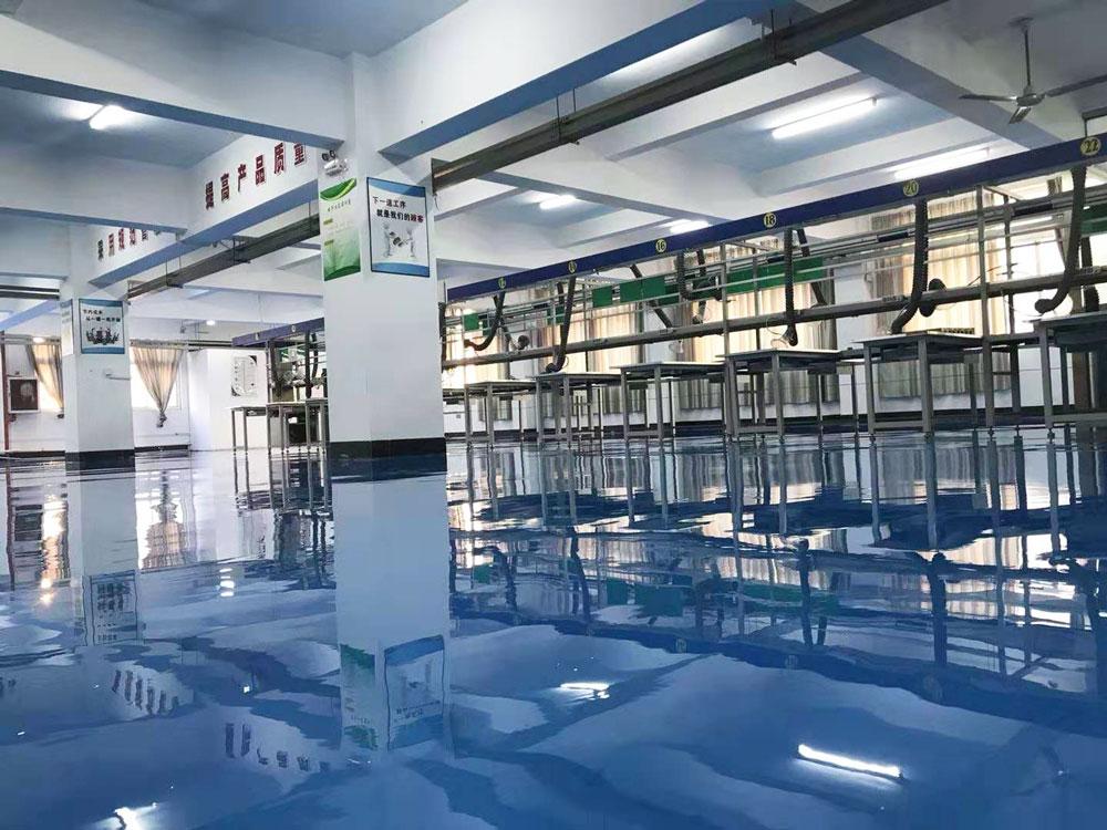 美西卡为重庆智飞生物打造仓库环氧地坪系统