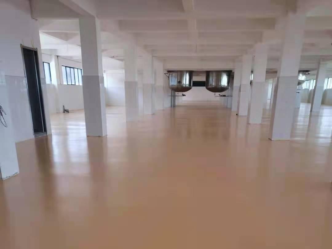 京华食品生产车间地坪选用美西卡聚氨酯砂浆地坪漆
